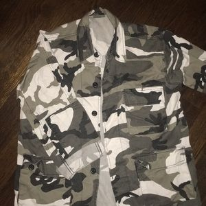 CAMO JACKET BUTTON UP WITH POCKETS BLACK AND WHITE